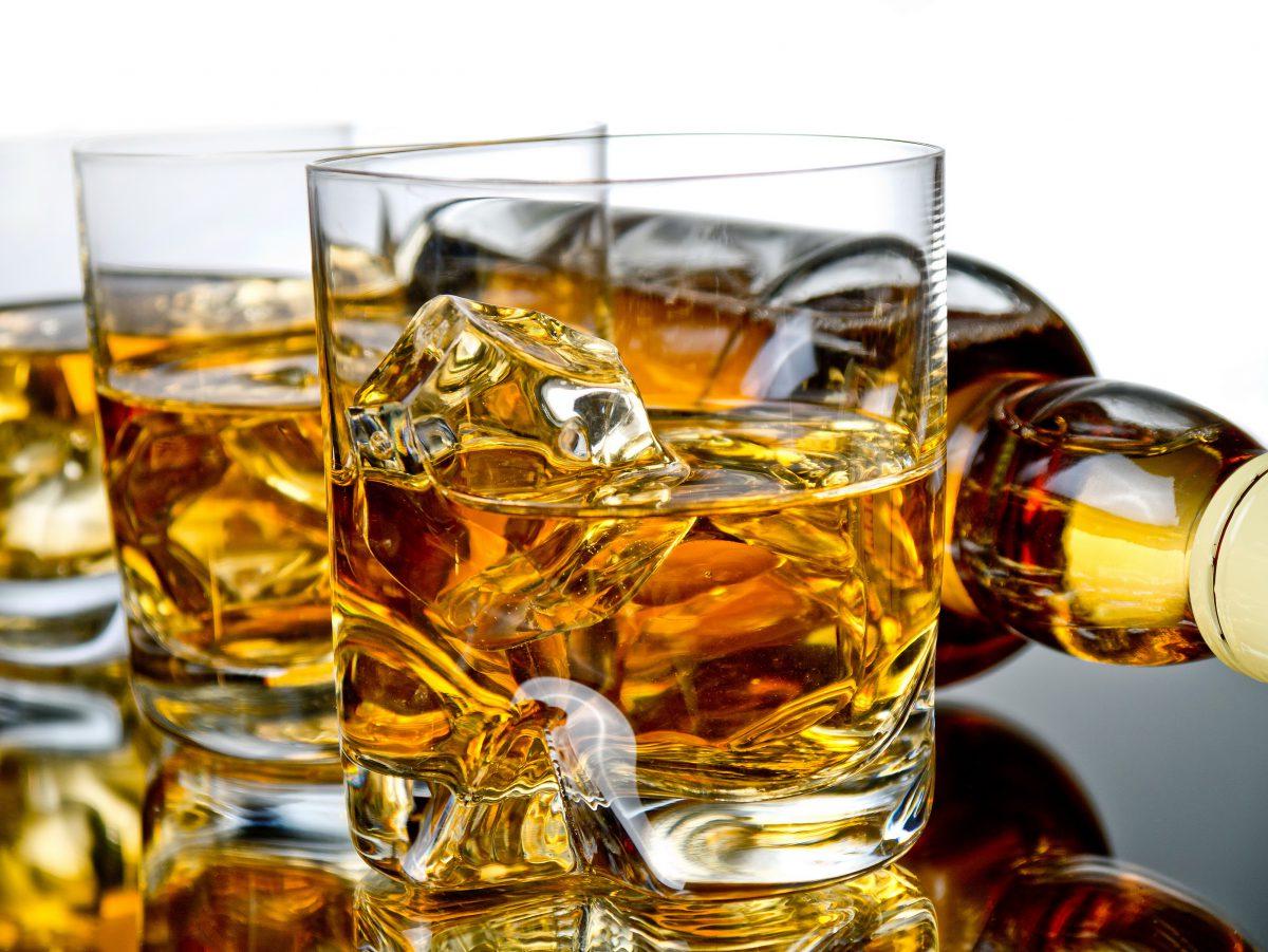 Виски-этикет — как пить и с чем пить