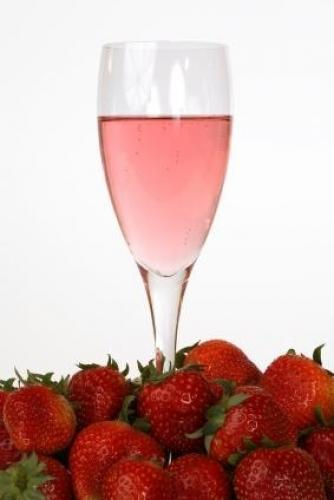 клубничное шампанское fragolino