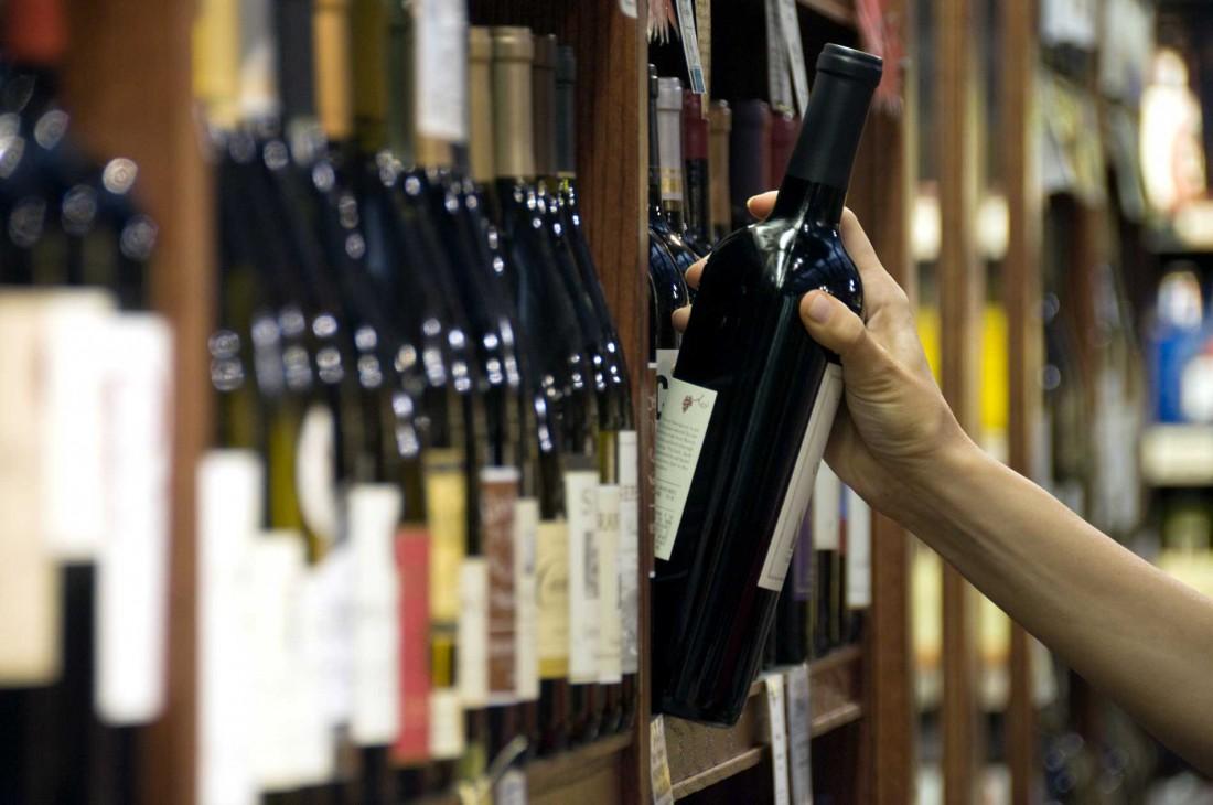 Как отличить поддельное вино — определяем качество вина самостоятельно