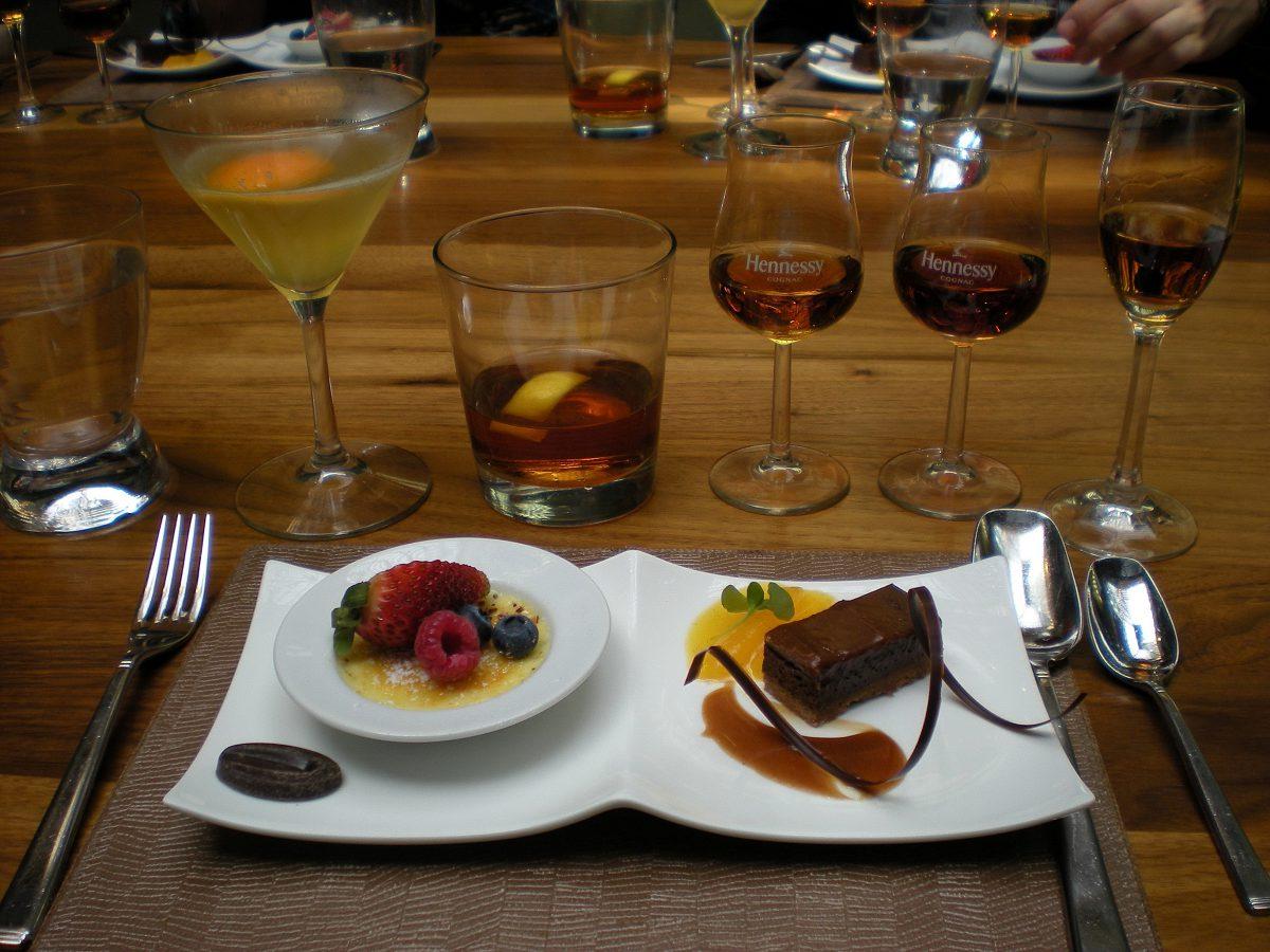 Как правильно пить коньяк и чем закусывать по этикету