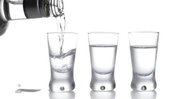 Чем лучше закусывать водку чтобы не болеть