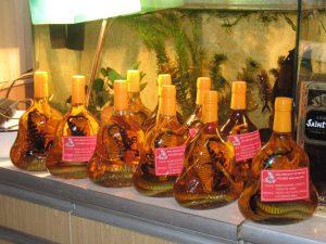 вьетнамская водка со змеей и скорпионом